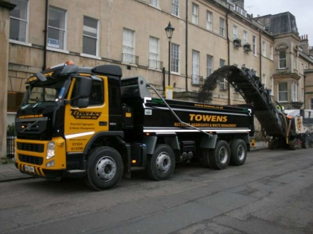 Tipper Hire & Muck Away